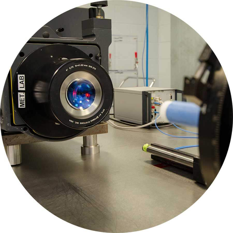 Optic metrology machine